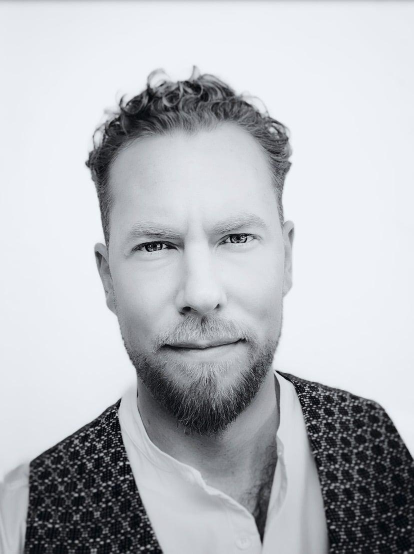 Éric MANGIN